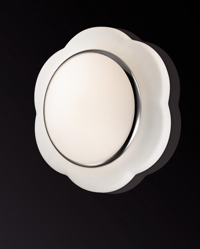 все цены на Odeon Light 2403/2C ODL13 873 белый Н/п светильник IP44 E27 2*40W 220V BAHA