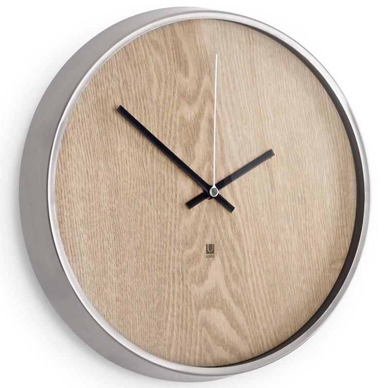 Umbra Настенные часы madera светлое дерево umbra полка двойная woodrow белый натуральное дерево