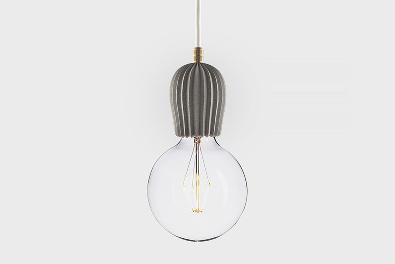 Latitude Подвесной светильник, LATITUDE Beton Rib grey/brass latitude подвесной светильник latitude beton rib grey aluminum