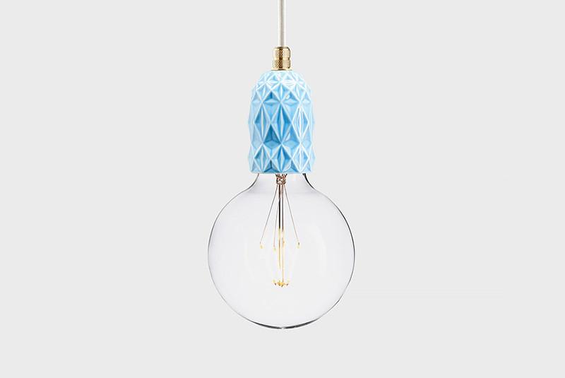 Latitude Подвесной светильник, LATITUDE Keramik Air blar/brass latitude подвесной светильник latitude beton bolti grey aluminum