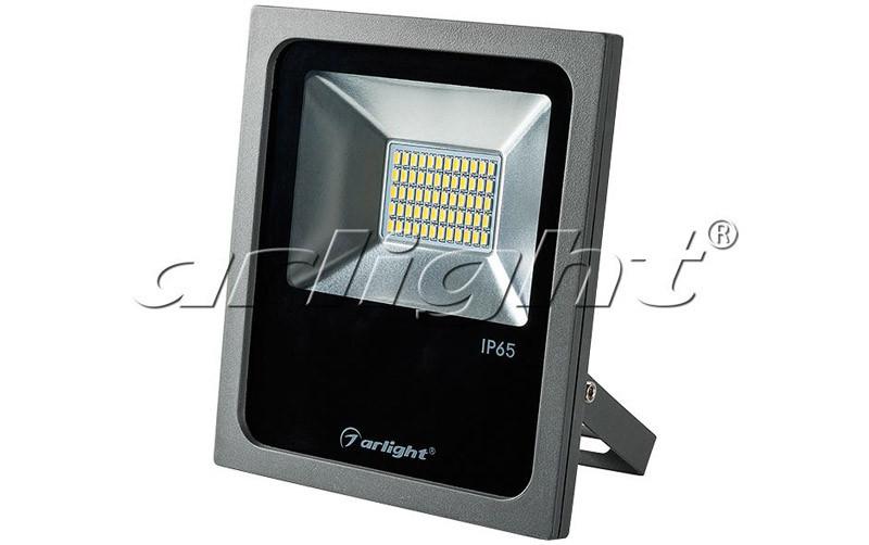 Arlight Светодиодный прожектор AR-FLG-FLAT-30W-220V Warm